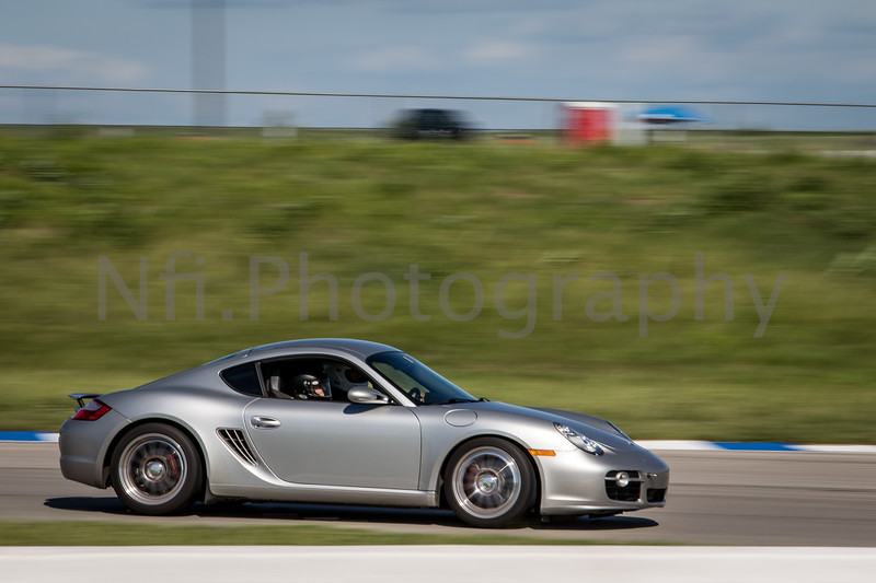 Flat Out Group 2-228.jpg