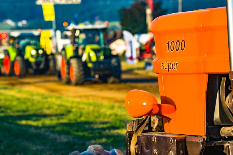 Tractor Pulling 2015-01633.jpg