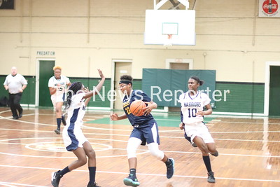 Evergreen vs. Hallsboro Middle basketball