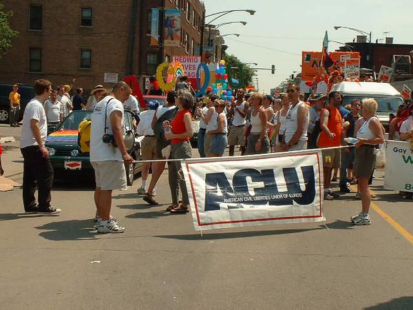 Pride Parade 2001-25-1.jpg