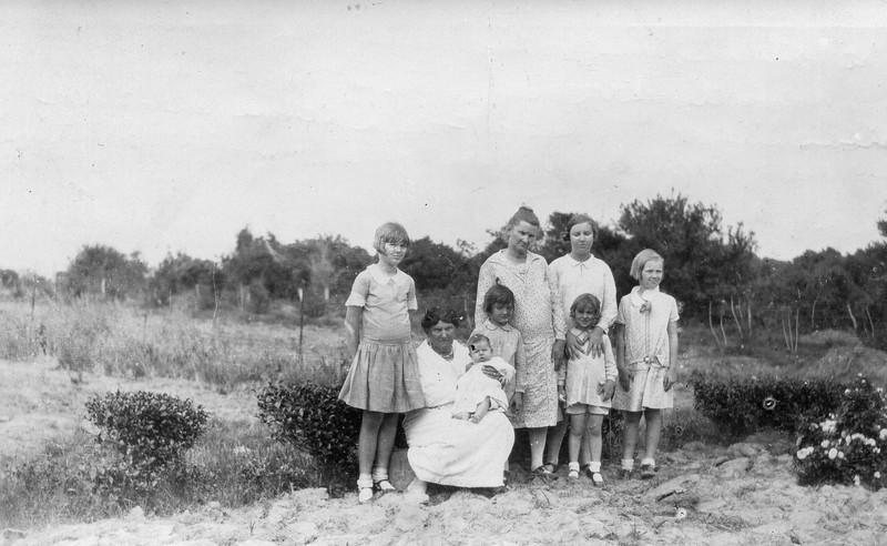left to right: Teddy Jacob, Grandma Magaret Hughes Knowlton holding Maria Jacob, Daria Jacob, Grandma Mary Estella Seiffert, Frieda Seiffert with Frieda Jacob in front of her, Clara Jacob Goose Creek, Texas circa 1928