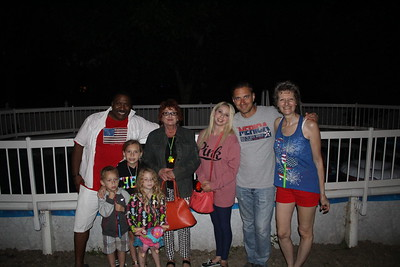 20160703 Pool Party-Roselle Fire Works