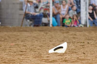 IPRA Rodeo Stratford, OK 7-21-13 STEER WRESTLING