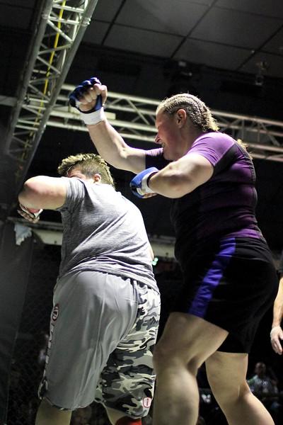 Ruth Galloway vs Kim Sellner