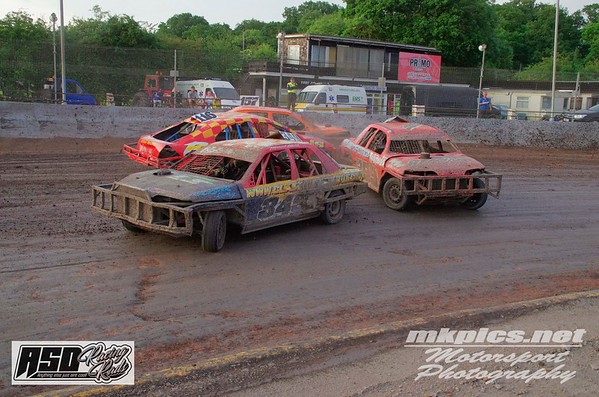 National Saloon Stockcars, Northampton, 9 June