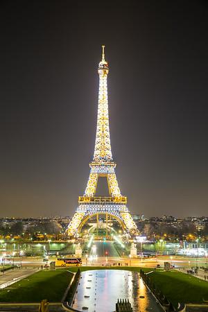 Trocadero at night