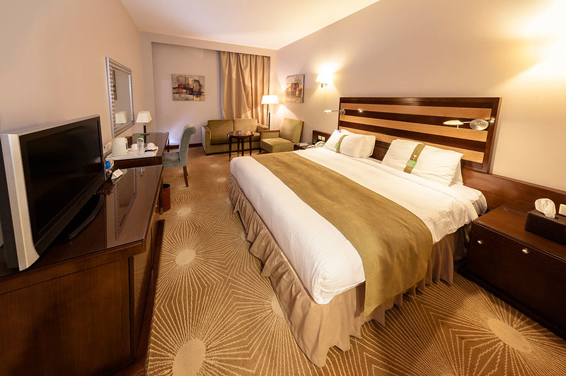 Hotels-001.jpg