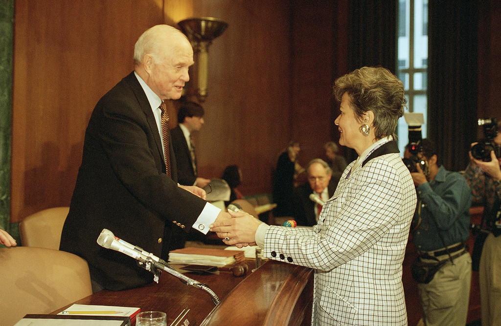 . Sen. John Glenn, D-Ohio, chairman of the Senate Governmental Affairs Committee greets Energy Secretary Hazel O\'Leary on Jan. 25, 1994 in Washington testifying before the committee which was holding hearing on previous and possible current radiation testing in humans.   (AP Photo/John Duricka)