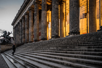 Entrance of Altes Museum.