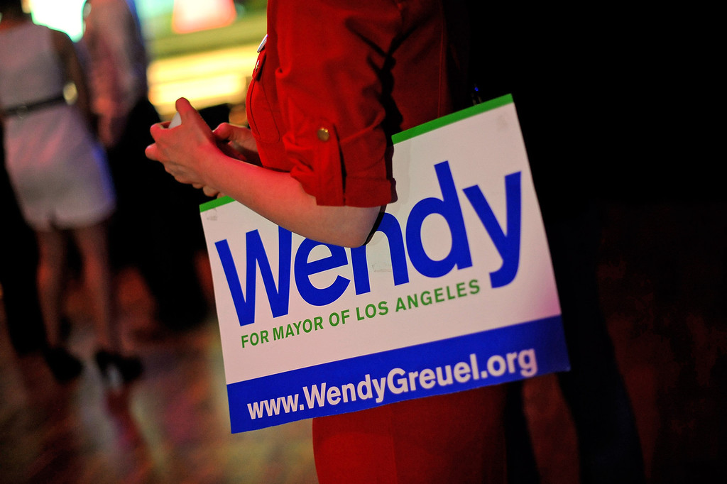. Supporters arrive for the Wendy Greuel election night party at the Exchange in Los Angeles, CA May 21, 2013(Andy Holzman/Staff Photographer)