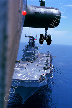 US Marine Corps Boeing CH-46 Sea Knight Helicopter Aircraft Carrier Scene Pictures