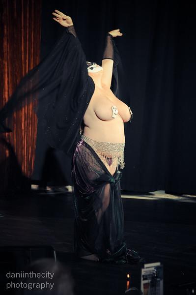 Burlesque (22 of 88).jpg