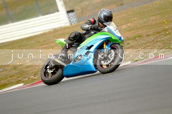 #28 - Blue Green R6