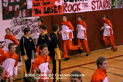 2006 District Championship - Napavine vs Ilwaco (Titled)