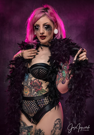 @shastadaisy8 Goth Pinup Look Photo Session July 2020