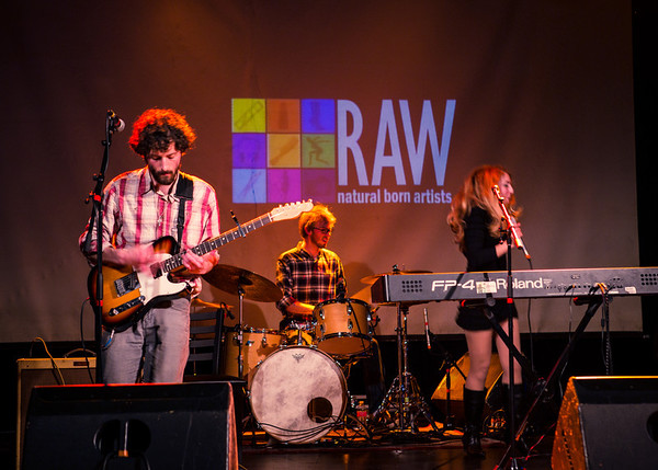 2014-04 RAW:Seattle - SPECTRUM