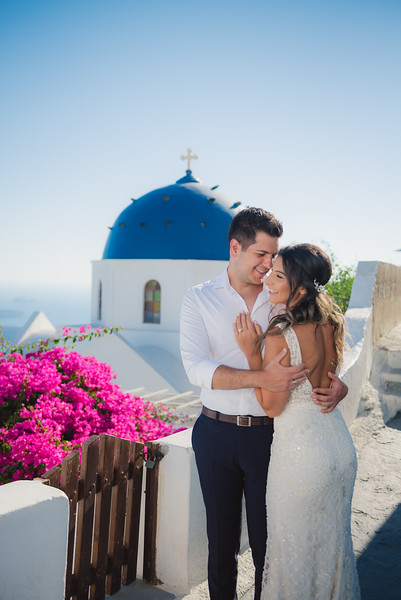 Honeymoon-photographer-santorini-post-wedding-session-Anna-Sulte-4.jpg
