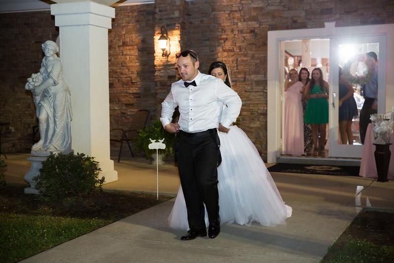 1083_Josh+Lindsey_Wedding.jpg