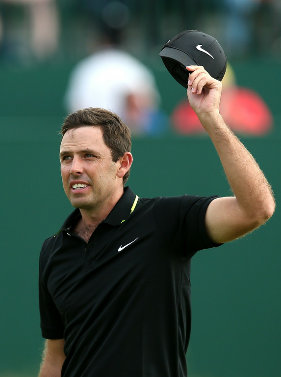 . South Africa\'s Charl Schwartzel reacts on the 18th hole during his fourth round 67, on the final day of the 2014 British Open Golf Championship at Royal Liverpool Golf Course in Hoylake, north west England on July 20, 2014.   ANDREW YATES/AFP/Getty Images