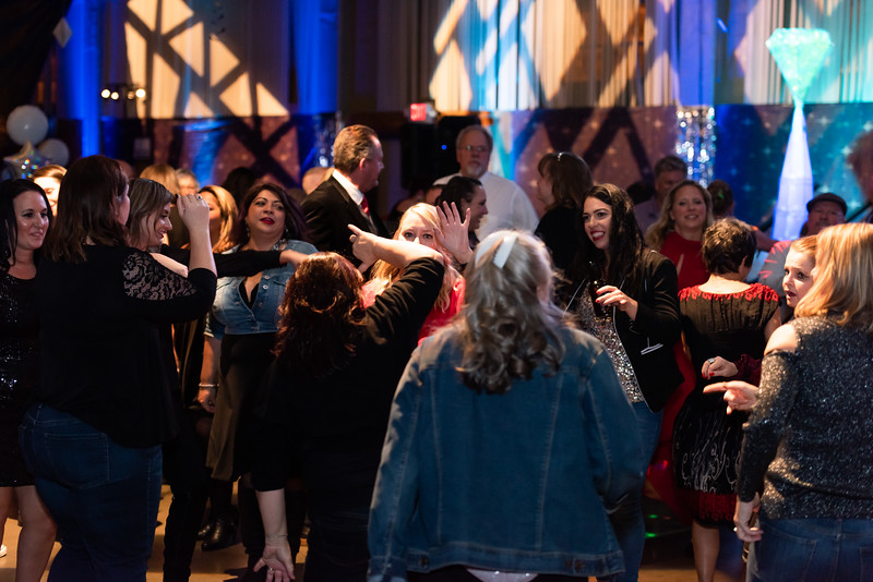 mh2019holidayparty-321.jpg