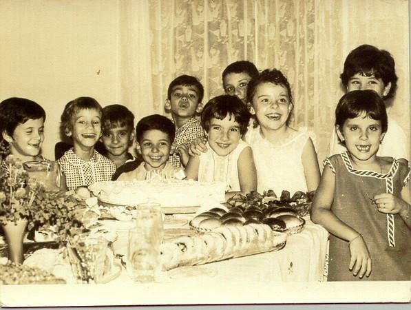 Aniversário Isabel Redondo  Gemea Rebordão, Filha do Quadrado, Rui Varela, Ze' Henriques, Flávio Quadrado, Isabel Redondo, David Luna, Anabela Luna, Silvia Henriques e outra gémea Rebordão