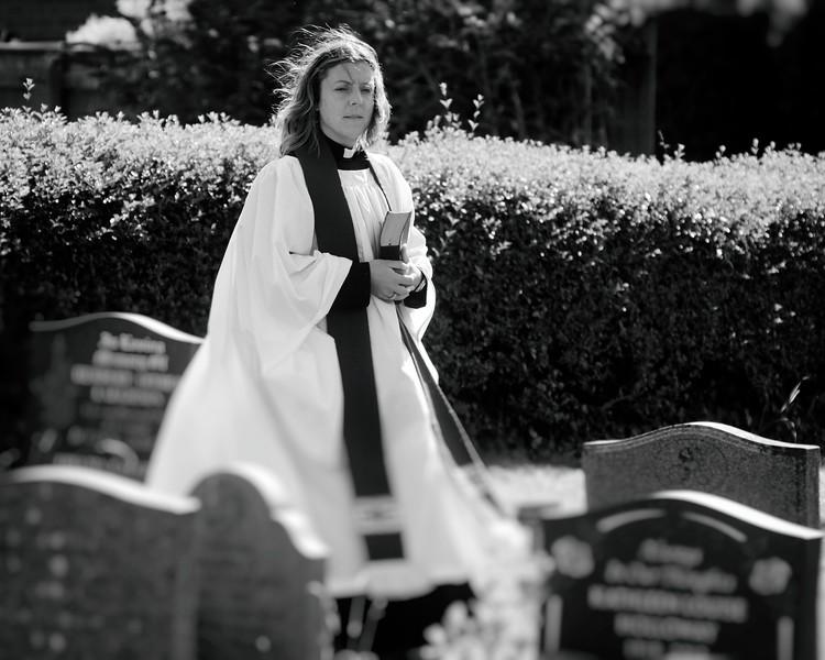 Bonby Churchyard (5).JPG