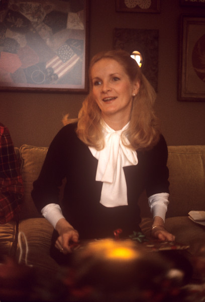 1975-12 Pam Schnitzer at Christmas.jpg