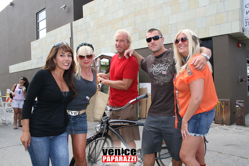 3.  Mercede's Grille Mercede and Taylor, Jenny and friends.JPG