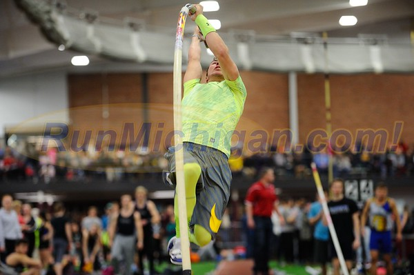 Boys' Pole Vault Gallery 1 - 2017 MITS State Meet Day 1