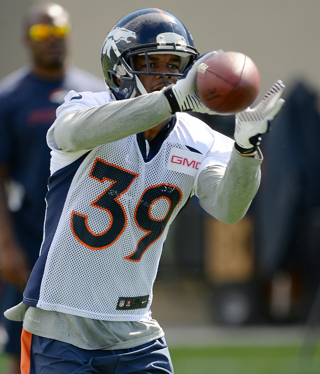 . Denver Broncos strong safety Omar Bolden (31) catches a pass during drills during the first day of the Denver Broncos 2014 training camp July 24, 2014 at Dove Valley. (Photo by John Leyba/The Denver Post)