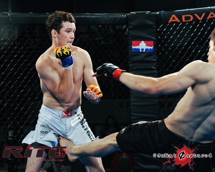 RITC43 B09 - Spencer Rohovie def Jordan Knippelberg_combatcaptured_WM-0003.jpg