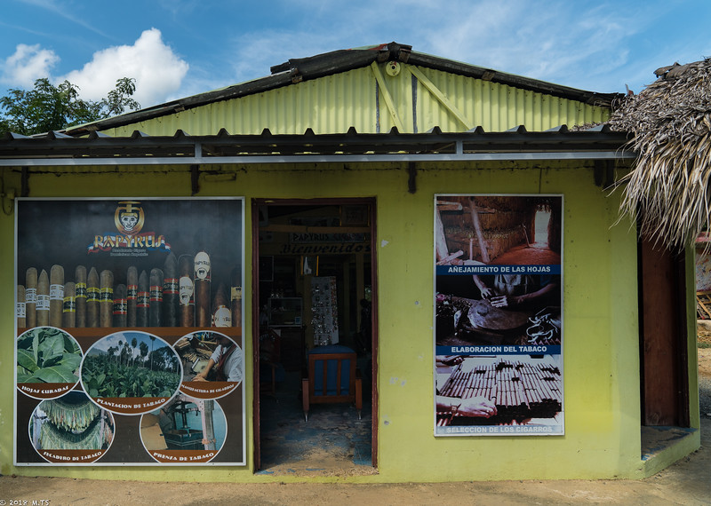 Papirus Cigar Factory in Otra Banda, Dominican Republic