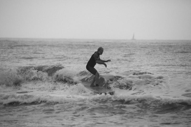 Surf_BW_014.jpg