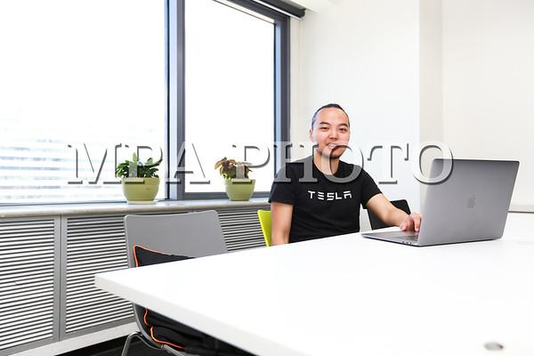 Amazon  компанийн  программ  хангамжийн  ахлах  инженер  Н.Шагай