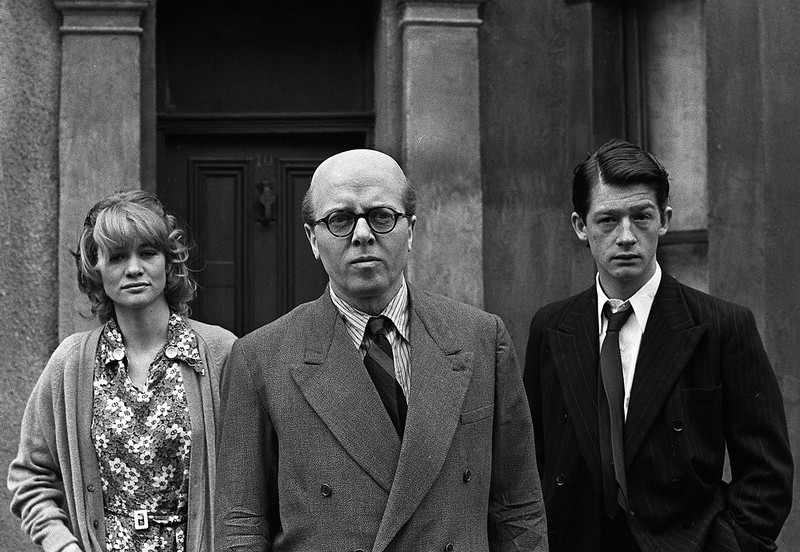 ". In this May 17, 1970 file photo, British actor Richard Attenborough, center, who portrays mass murderer John Reginald Christie in the lead role of ""10 Rillington Place\"" stands alongside John Hurt, right, and Judy Geeson in London, England. Acclaimed actor and Oscar-winning director Richard Attenborough, whose film career on both sides of the camera spanned 60 years, died on Sunday, Aug. 24, 2014. He was 90. (AP Photo/Bob Dear, File)"
