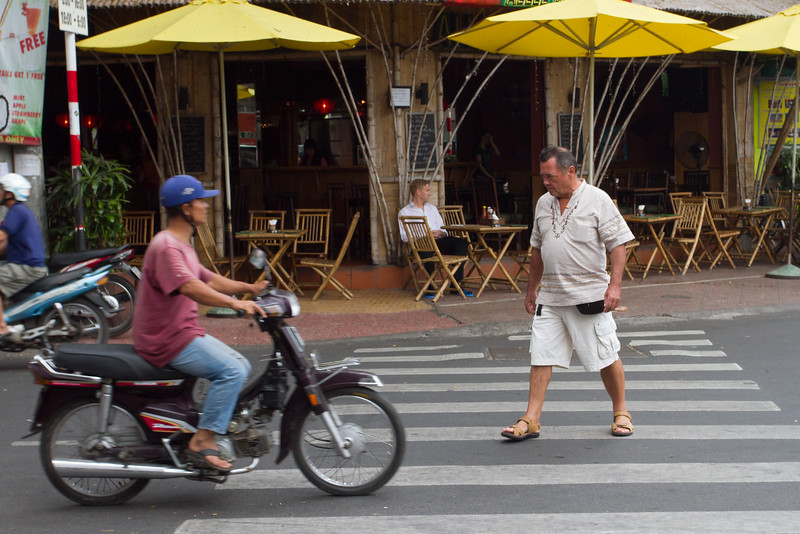 Crossing street attempt