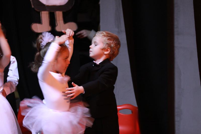Show Kindergarden Dec 2011