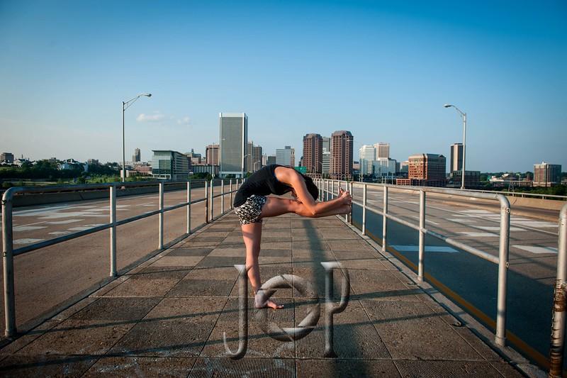 Jenny_yoga_wm-0155.JPG