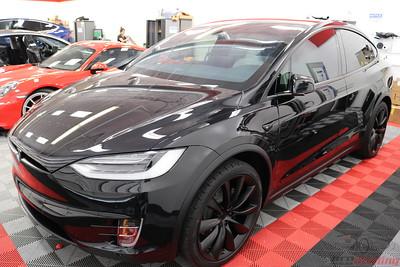 2017 - Tesla Model X - Obsidian Black 2