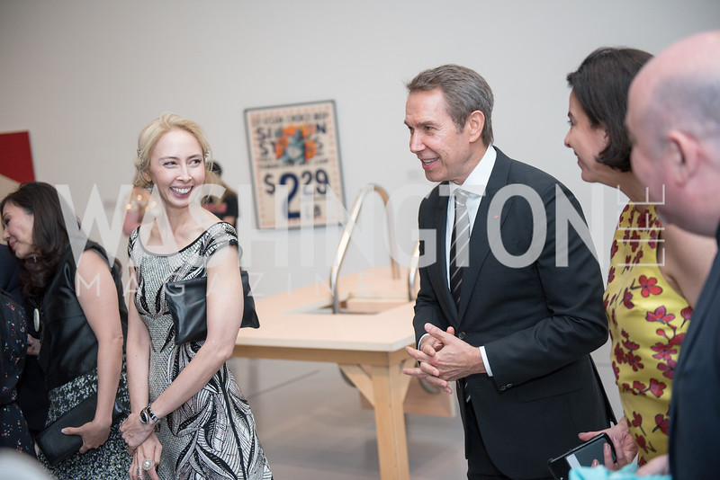 Melissa Chiu, Jeff Koons, Hirshhorn Spring Gala, Jeff Koons and Jennifer Rubell, May 12, 2018, photo by Ben Droz.
