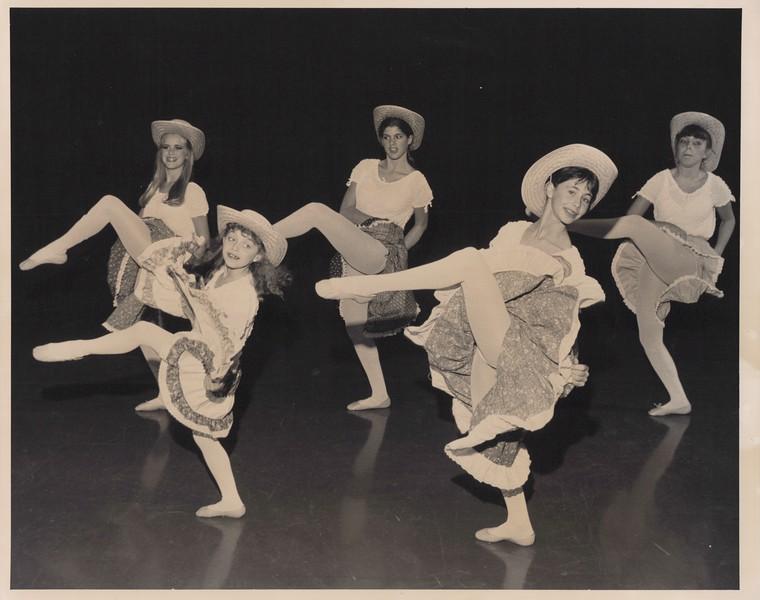 Dance_0857.jpg