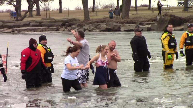 Video:  6 mins - Spl Olympics Polar Plunge, Edgewater Park, Cleveland, OH., Sag., Feb. 23, 2019