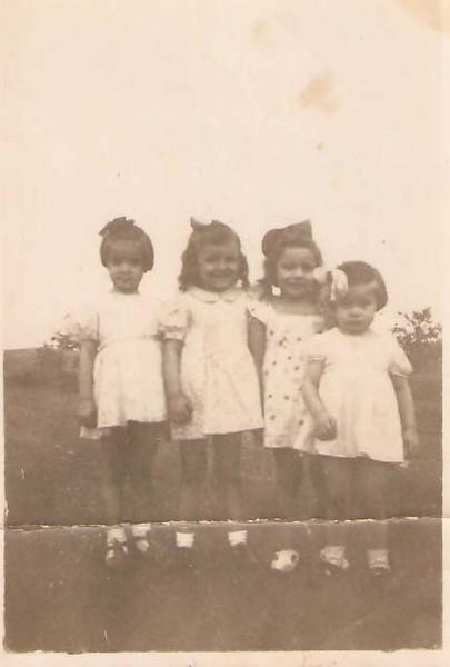 1944 - Marucha Xico Paulos, Teresinha, Julinha e Guida Xico Paulos