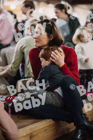 © Bach to Baby 2017_Alejandro Tamagno_St Johns Wood_2017-12-01 012.jpg