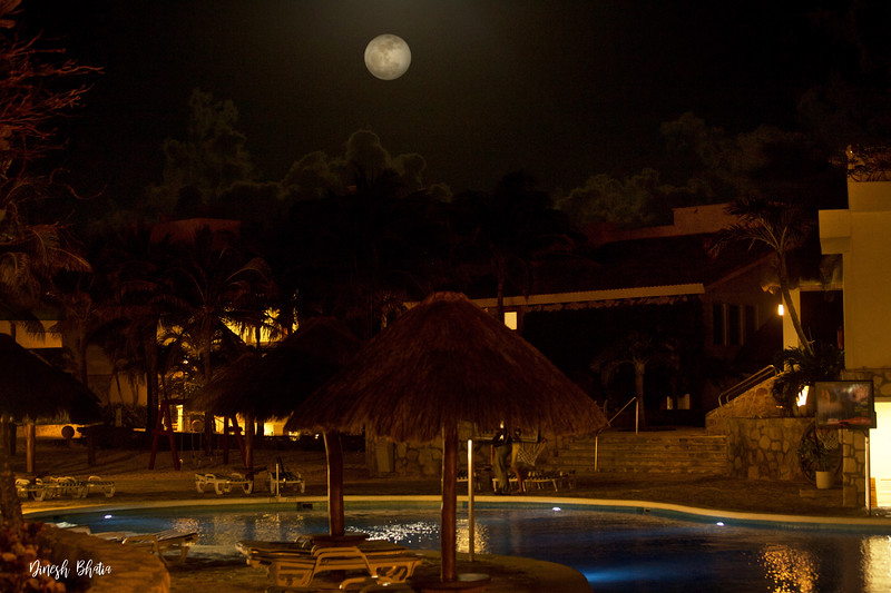 fullmoon-cancun-dec32017.jpg