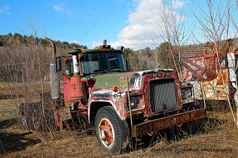 Retired Mack truck     #1062