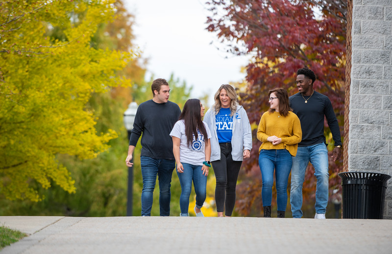 10_25_19_campus_fall (480 of 527).jpg