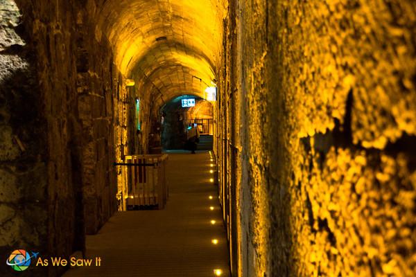 Kotel Tunnel