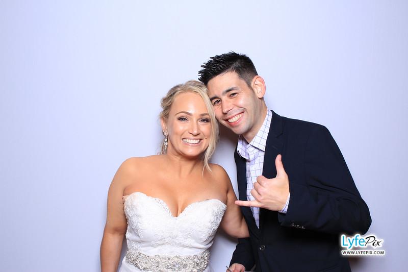 phoenix-maryland-wedding-photobooth-20171028-0414.jpg