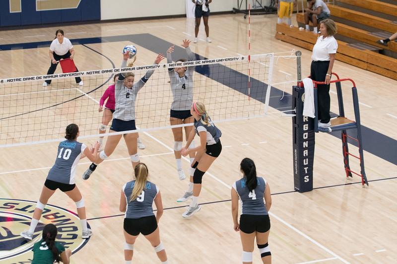 HPU Volleyball-92559.jpg